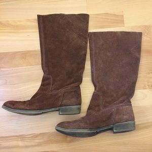 Nine West brown suede slouchy frollic boot size 6